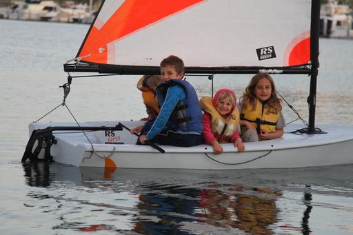 1-2015-05-05_usa-coronado-yc_salina-andri-noe-alegra-sailing-rs-tera.JPG