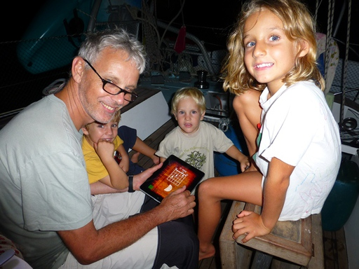 2012-10-04_brazil_itaparica-cabodelo_stefan-kids.JPG