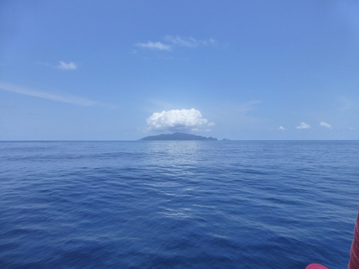 2013-03-31_cocos-island.JPG