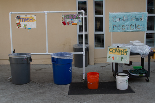2015-01-16_usa-california-san-diego_cardiss-bay-elementary-school-recycling.jpg