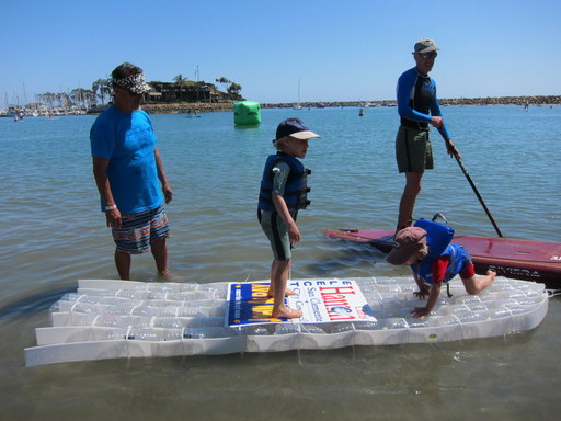 2015-04-18_usa-dana-point_example-recycling-paddle-board.JPG