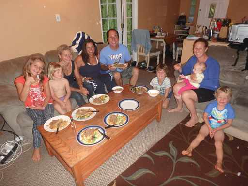 2016-05-25_usa-maui_kuulani-ramon-host-family.jpg