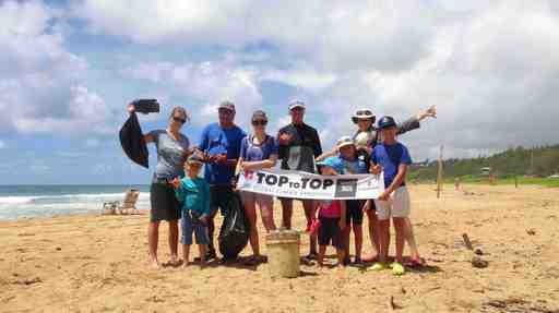 2016-06-22_usa-hawaii-kealia_clean-up-with-kamealoha-and-terry.jpg
